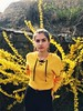 Follow me on Instagram🌻: giulia_cetto (alessandrocetto) Tags: house ponytail brunette hair hairstyle me makeup earrings look love trip inspiration fashion jeans black outfit girl garden flower colours yellow