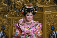 Cosplay of Chinese Empress (lfeng1014) Tags: cosplayofchineseempress newyuanmingpalace zhuhai 珠海新圓明園 guangdong china portrait streetphotography empress empresscostume cosplay canon5dmarkiii 70200mmf28lisii travel