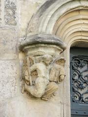 Carved angel, portal detail, Basilique Saint-Michel, Bordeaux, France (Paul McClure DC) Tags: bordeaux france gironde nouvelleaquitaine july2017 historic architecture church sculpture