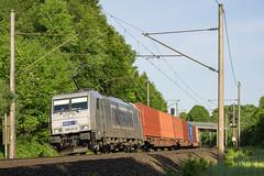 Friedrichsruh Wald Metrans 386 021-0 Container (Wolfgang Schrade) Tags: metrans br386 3860210 containerzug container altenwerder zug güterzug eisenbahn kbs100 friedrichsruh