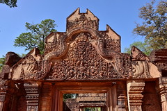 Бантеан Срей (Oleg Nomad) Tags: камбоджа сиемрип ангкор храм кхмеры cambodia siemreap angkor temple carving asia travel