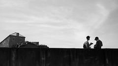 The caravan moves on ... (Klaus Wessel) Tags: kroatien dubrovnik olympus em10 omd 1240mm altstadt oldcity monochrome blackwhite bw street streetlife mauer stadtmauer festung menschen karawane schlange