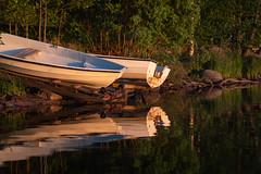 Veneranta (Antti Tassberg) Tags: kesä huvilaharju landscape pitkäjärvi serene reflection kokkoranta eila vene espoo järvi suomi boat finland lake scandinavia