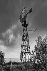 Windrad (vmonk65) Tags: windrad schwarzweis blackandwhite blackwhite nikon nikond810 wolken himmel sky clouds technik natur turm baum tree holz
