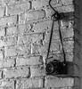Kodak aan den haak (björnvandenbulcke) Tags: camera hdr haak muur steen