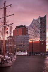 Elbphilharmonie (juergenbarth) Tags: elbphilhamonie hamburg europe germany nautical harbour landmark water morning sunrise architecture