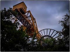 24.05.2018 ein Bahnkran Ding (FotoTrenz NRW) Tags: kran industrial machine crane thing perspective yellow bissingheim duisburg nrw