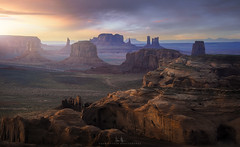 Monument Valley (wesome) Tags: adamattoun huntsmesa monumentvalley sunset