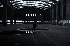 En recherche d'inspiration (Dotzap) Tags: alone seul personne gars hangar interieur inside switzerland swiss suisse noir blanc white black urbex picture photography photo guy