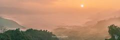 _J5K1652-66.0118.Tân Hợp.Mộc Châu.Sơn La (hoanglongphoto) Tags: asia asian vietnam northvietnam northwestvietnam landscape scenery vietnamlandscape vietnamscenery vietnamscene mocchaulandscape hdr sunriseinmocchau canon canoneos1dsmarkiii canonef2470mmf28liiusm tâybắc sơnla mộcchâu tânhợp phongcảnh phongcảnhmộcchâu buổisáng morning bìnhminh sky bầutrời mist sươngmù flanksmountain mountain núi sườnnúi sun mặttrời mountainouslandscape valley thunglũng panorama