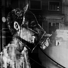 ... Visiones de MADrid ... (Lanpernas .) Tags: streetart street grafitti madrid shakespeare elsueñodeunanochedeverano nickbottom teatro escaparate reflejo literatura urbanite 2018