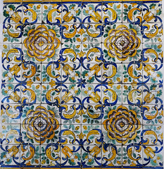 Camellia pattern azulejos panel, 1660-1680 (Monceau) Tags: camellia pattern flower azulejos panel colorful tiles