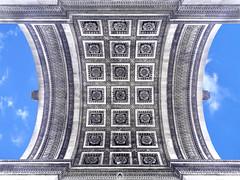 H de Triomphe (ANOZER Photograffist) Tags: paris france monument arcdetriomphe roof motifs oattern letter graphic anozer anozercreation photography photo ville architecture archi arche