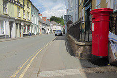 Victoria cypher A type post pillar box The Struet Brecon 10.08.2017 (3) (The Cwmbran Creature.) Tags: po p o gpo g general post office letter red street furniture heritage great britain united kingdom gb uk