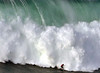 MARCELO LUNA / 9019LFR (Rafael González de Riancho (Lunada) / Rafa Rianch) Tags: surf waves surfing olas sport deportes sea mer mar nazaré vagues ondas portugal playa beach 海の沿岸をサーフィンスポーツ 自然 海 ポルトガル heʻe nalu palena moana haʻuki kai olahraga laut pantai costa coast storm temporal