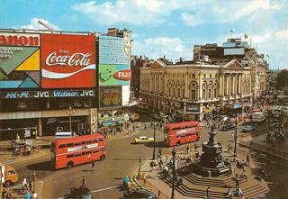 Piccadilly Circus: 1980