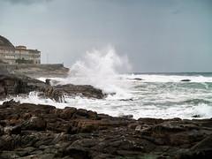 Costa de Baiona_3240086 (peruchojr) Tags: mar agua océanoatlántico playa rompeolas baiona galicia