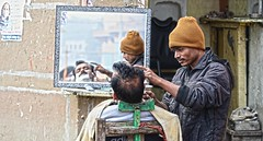 Street Shave Varanasi India DSC_8848 (JKIESECKER) Tags: streetscenes streetvendors varanasiindia varanasi india reflection citylife cityscenes