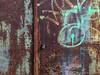 Rusty and crusty (Jürgen Kornstaedt) Tags: decay green rust door colomiers occitanie frankreich fr 6plus iphone