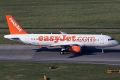 EasyJet Switzerland Airbus 320-214 HB-JXC (c/n 5146) (Manfred Saitz) Tags: vienna airport schwechat vie loww flughafen wien easyjet switzerland airbus 320 a320 hbjxc hbreg