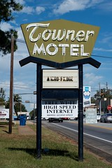 Towner Motel (dangr.dave) Tags: townermotel neon neonsign downtown historic architecture woodcounty quitman tx texas