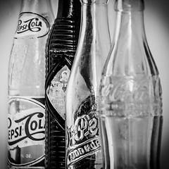 WintervilleMuseum_20180408--6 (Barta IV) Tags: old antique retro classic vintage bottle soda pop soft drink coke cocacola pepsi dr pepper crush clear glass beverage