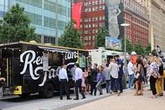 IMG_6578 (Philadelphia Parks & Recreation) Tags: love park foodtruck food truck lawn games fountain selfie lunch fundraiser ice cream wine beer liquor party dj jazzy jeff music dancing