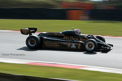 * Lotus 91/7 (3) ({House} Photography) Tags: fia masters historic formula one championship f1 classic brands hatch uk kent fawkham race racing motor sport motorsport canon 70d housephotography timothyhouse car automotive photography lotus 917 john players special 1982 panning 70200 f4
