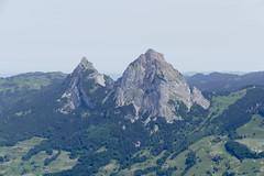grosser & kleiner Mythen Schwyz Alps Switzerland (roli_b) Tags: grosser kleiner mythen grossermythen kleinermythen schwyz stoos swiss alps schweizer alpen mountains switzerland berge schweiz alpine alpi suisse suiza sivzzera panorama 2018 frühling primavera travel viajar tourism
