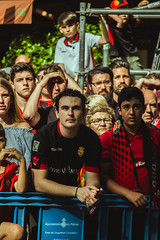_MG_0411 (sergiopenalvagonzalez) Tags: rcdmallorca futbol football ball people ambiente palma palmademallorca aficion pasion rojo negro ib3 diariodemallorca sergiopenalvagonzalez sergiopenalvag gente emocion nervios ascenso alegria