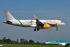 EC-MOG A320 Vueling (eigjb) Tags: dublin airport eidw international ireland collinstown jet transport airliner aircraft airplane aeroplane plane spotting 2018 airbus ecmog a320 vueling vy8720 barcelona airlines