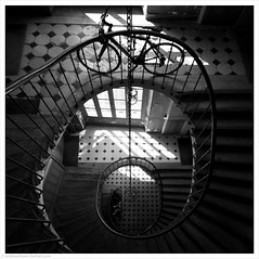 Bike / Galerie Vivienne, Paris, France (Andrew James Howe) Tags: galerievivienne france paris mono blackandwhite filmnoir