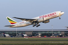 ETH_B777F_ETARJ_BRU_MAY18 (Yannick VP) Tags: civil commercial cargo freight transport aircraft airplane aeropane jet jetliner airliner et eth ethiopian airlines boeing b777 tripleseven 777200 er 777f 77x b77x 777200f freighter etarj brussels airport bru ebbr belgium be bel europe eu may 2018 departure takeoff runway rwy 25r aviation photography planespotting airplanespotting