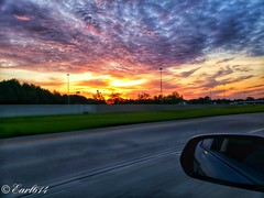 Sunrise from the road 2018 Vlll! (Edale614) Tags: sunrise sunsetsaroundtheworld clouds nature naturelovers landscape landscapephotography wanderlust aroundtheworld fromtheroad columbus ohio