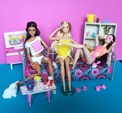 Friends, Chatter and Relax 💙 (Lo_zio87_Barbie Collector) Tags: miko claudette gordon mold barbie madetomove relax male doll collector 2018 chatter friends