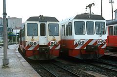 Metre-gauge diesel railcars in Porto (Trindade), CP 9600 class (filhodaCP) Tags: metergauge portugalrailway cp diesel railcar automotora cp9300 lingadeguimarães viaestreita