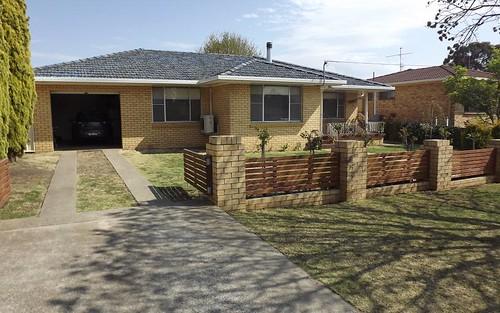 27 Lindsay Avenue, Glen Innes NSW