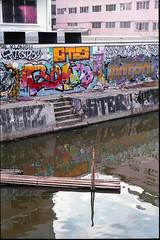 Klong (ADMurr) Tags: bangkok klong bamboo grafitti water reflection windows steps leica m6 50mm daa085 fuji superia 400