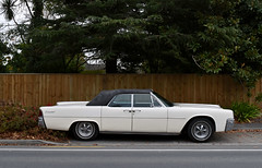 1962 Lincoln Continental (stephen trinder) Tags: stephentrinder stephentrinderphotography thecarsofchristchurch thecarsofchristchurchnewzealand aotearoa kiwi landscape usa american 1962 lincoln continental