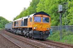GBRF 66724 - Mansfield (the mother '66' 66001) Tags: gbrf class66 66724 mansfield robinhoodline railways rail rylstone wellingborough 6e89 victoriastreet nottinghamshire