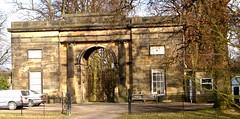 [62554] Bretton Hall : Archway Lodge (Budby) Tags: wakefield westyorkshire westbretton ysp lodge gatehouse georgian