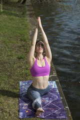 b_JF18868 (juergenberlin) Tags: yoga trainerin sport natur fitness healty