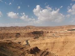 Road from Tamerza II (marco_albcs) Tags: tunisia tunisie tunísia sudtunisien sud northafrica africa panorama road estrada desert mountain arid landscape tamerza