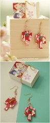 Japanese chiyogami earrings,Origami earrings,Japanese Washi Paper Earrings,matchbox card,Valentine's Gift,Gift for her,Girlfriend gift, birthday gift, oliday gift and matchbox art ideas (charles fukuyama) Tags: 千代紙 kimono 着物 chiyogamipaper japanstyle japanesepackaging matchboxcard unique partygift paperart handmadecard seasonalgift miniatures fashion jewelry kikuike
