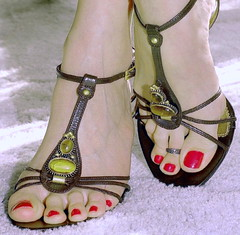 (pbass156) Tags: toes toefetish feet foot footfetish fetish sandals sexy shoes strappy closeup