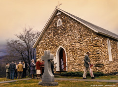 1990.02.15.03 St. Peter's Episcopal Church (Brunswick Forge) Tags: 1989 church episcopal anglican virginia grouped winter travel outdoor exterior outdoors nikonn8008 architecture favorited