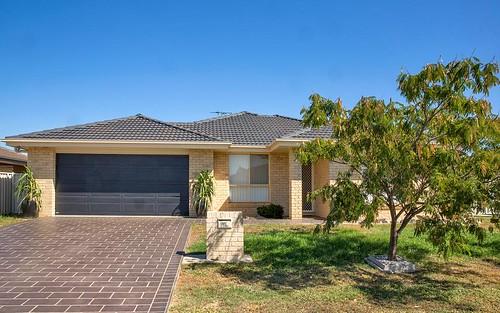 16 Bowman Drive, Tamworth NSW