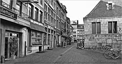 Rue de la Goffe et la Halle aux viandes, Liège Belgium (claude lina) Tags: claudelina liège belgium belgique belgië ruedelagoffe halleauxviandesliège rue street architecture