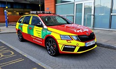 The Latest HEMS Advanced Trauma Team Rapid Support Vehicles (standhisround) Tags: emergency vehicles cars hems 999 ambulance skoda trauma advancedtraumateam airambulance ak67xde london uk royallondonhospital h03 new paramedic doctor