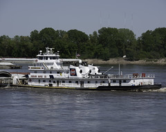 m/vAliceIHooker_SAF9380-2 (sara97) Tags: barge copyright©2018saraannefinke mvaliceihooker mississippiriver missouri photobysaraannefinke pushboat river saintlouis towboat